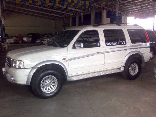 Ford Everest 2006 Foto - 7