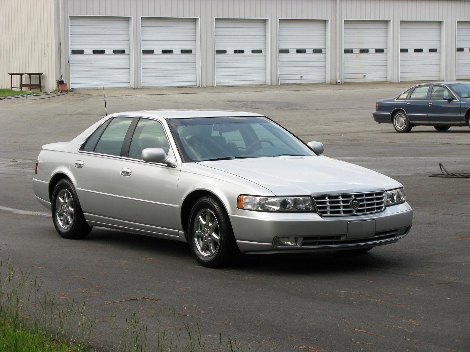 Cadillac STS 2000