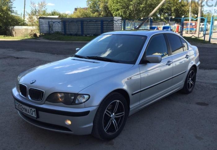 BMW 320i 2003