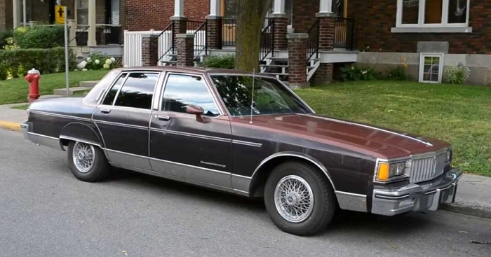 Pontiac Parisienne 1985