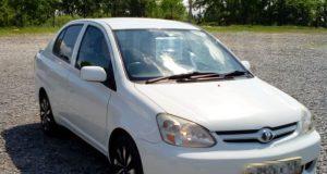 Toyota Platz 2006