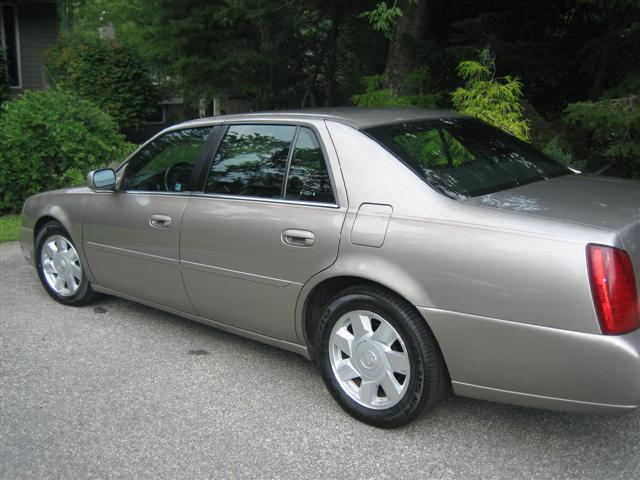 Cadillac DHS 2002 foto - 3