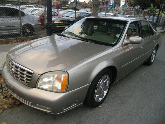 Cadillac DTS 2002 foto - 1