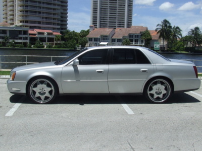 Cadillac DTS 2003 foto - 1