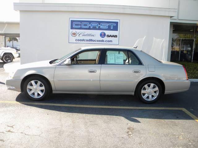 Cadillac DTS 2012 foto - 3