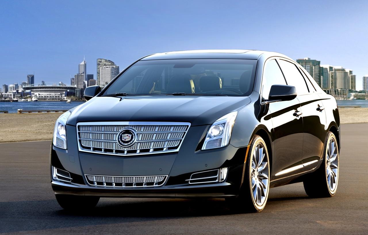 Cadillac DTS 2013 foto - 2