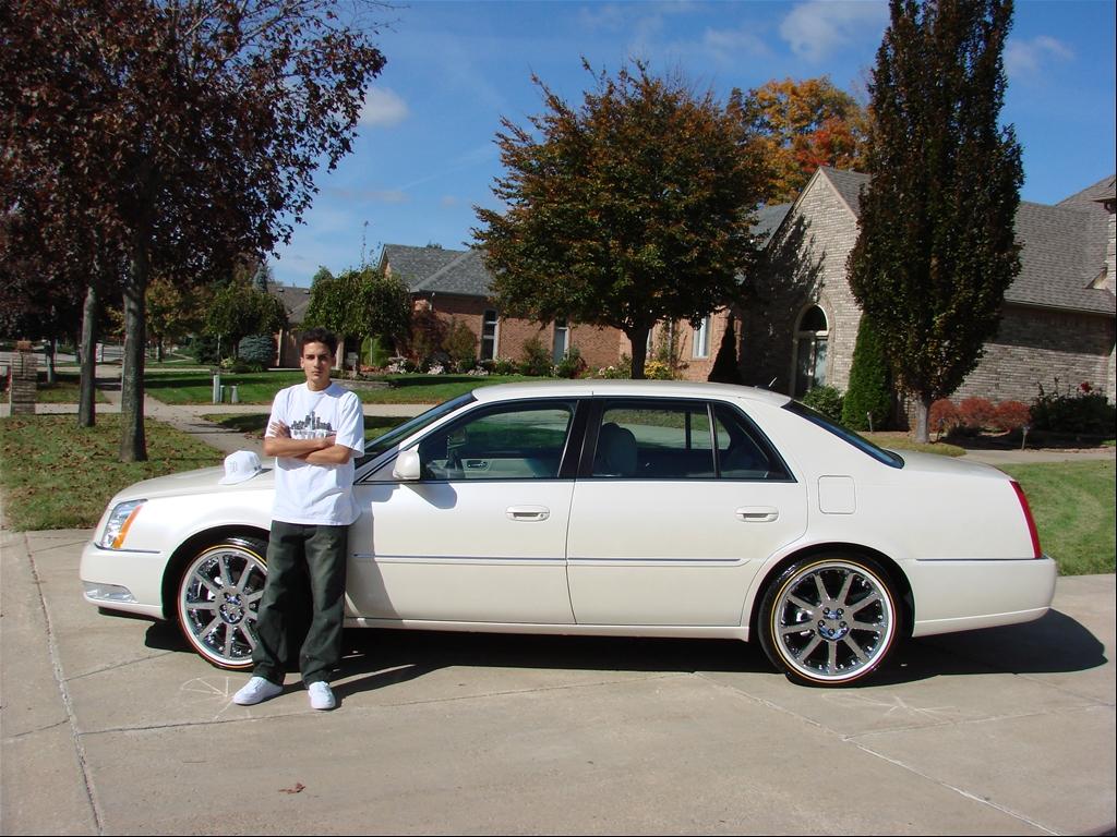 Cadillac DTS 2013 foto - 6