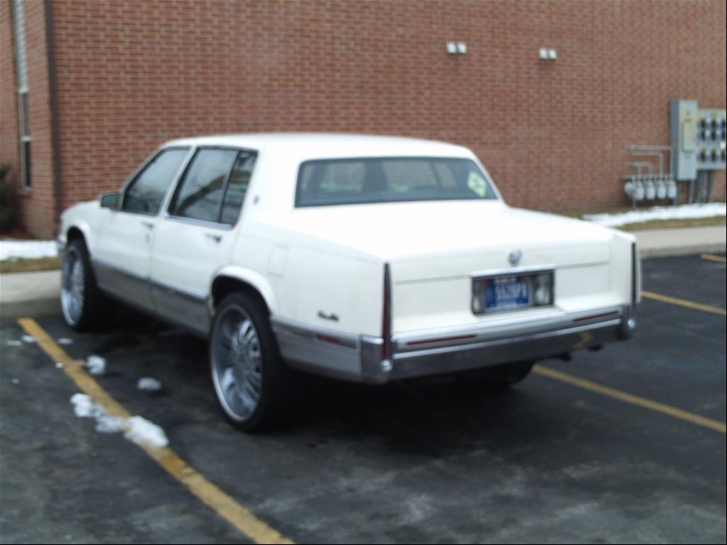 Cadillac Deville 1991 foto - 3
