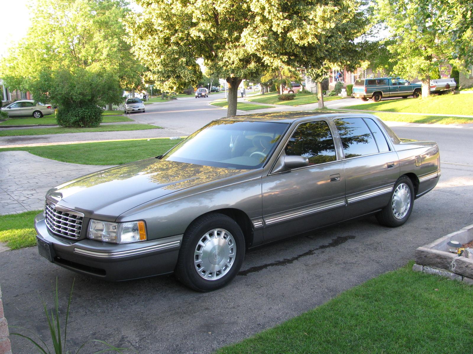 Cadillac Deville 1996 foto - 3