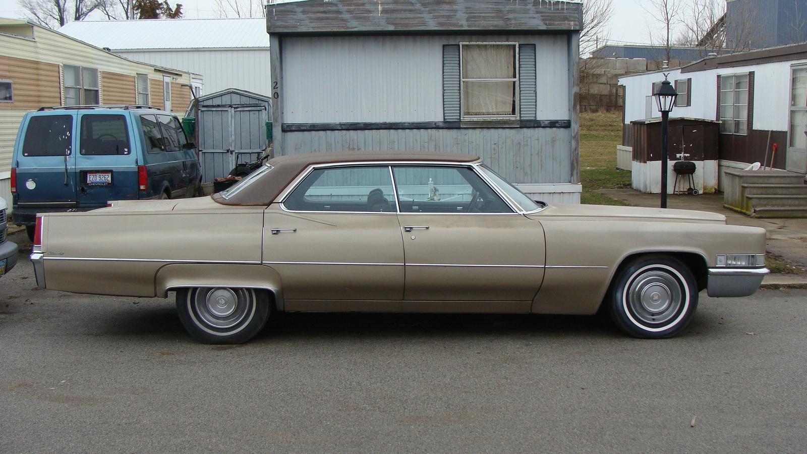Cadillac Deville 1996 foto - 6