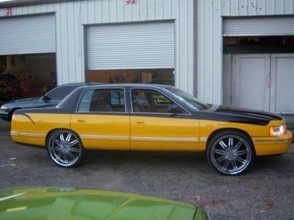 Cadillac Deville 1999 foto - 1