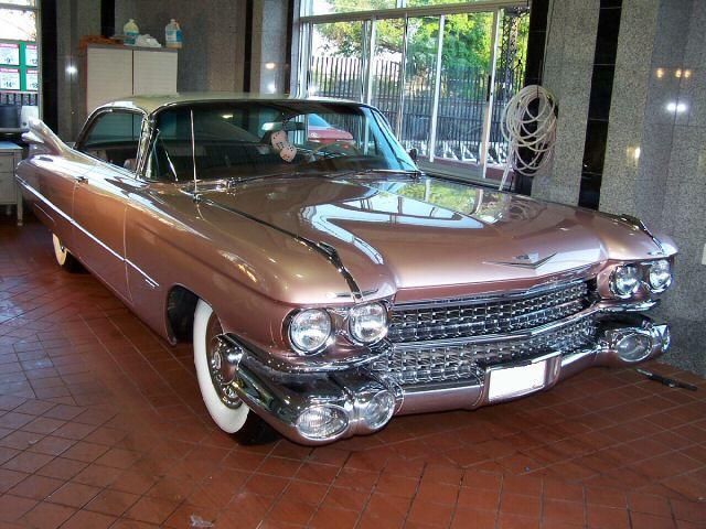 Cadillac Deville 2001 foto - 6