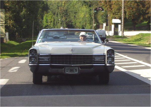 Cadillac Deville 2009 foto - 4
