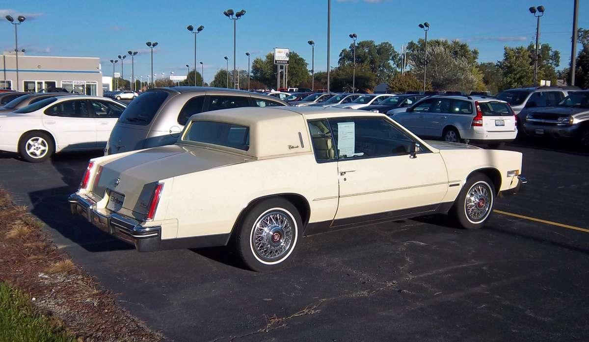 Cadillac Eldorado 1983 foto - 4