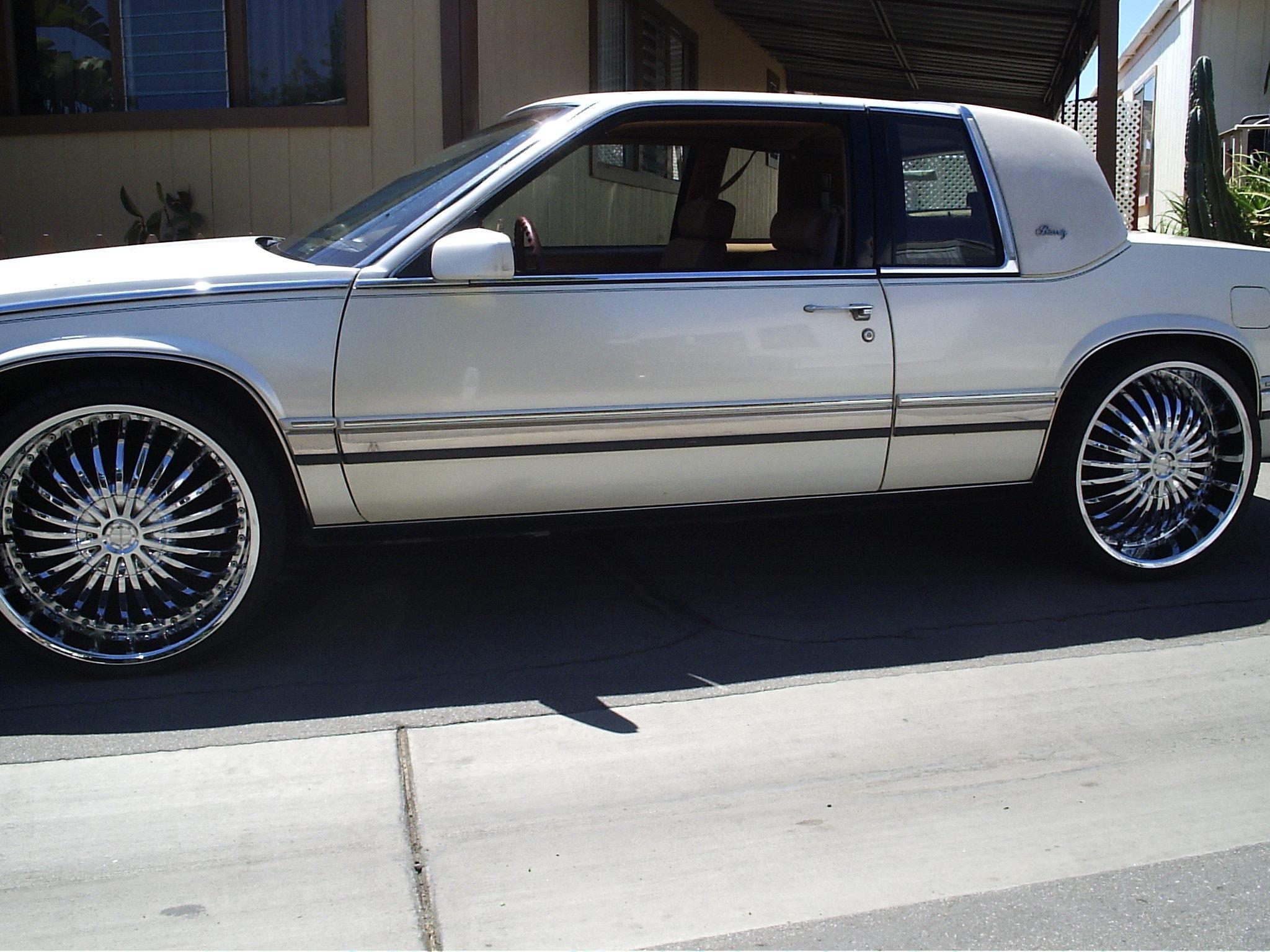 Cadillac Eldorado 1990 foto - 4