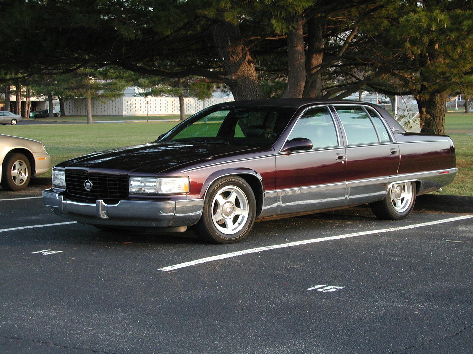 Cadillac Fleetwood 1986 foto - 5