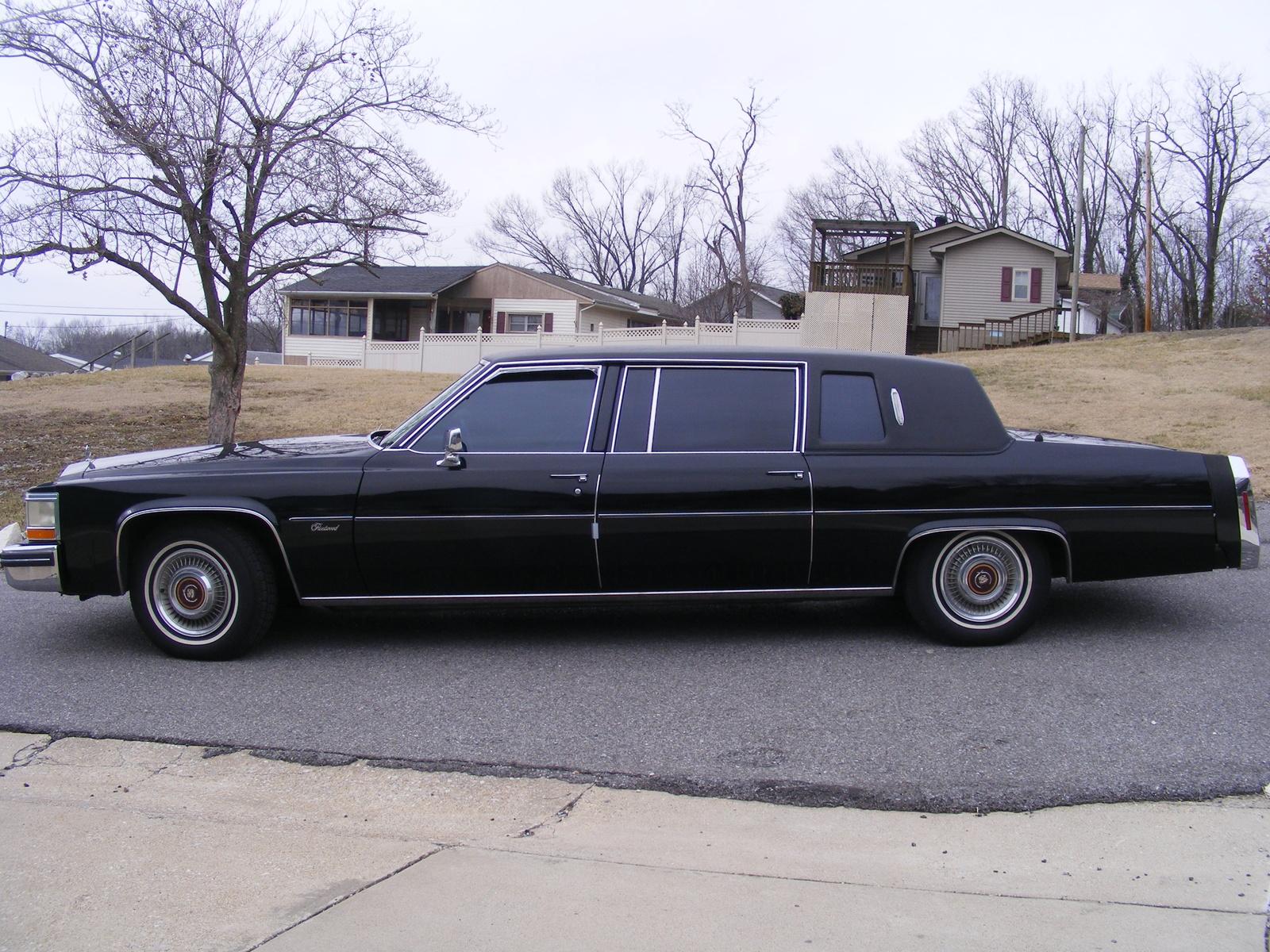 Cadillac Fleetwood 1989 foto - 3