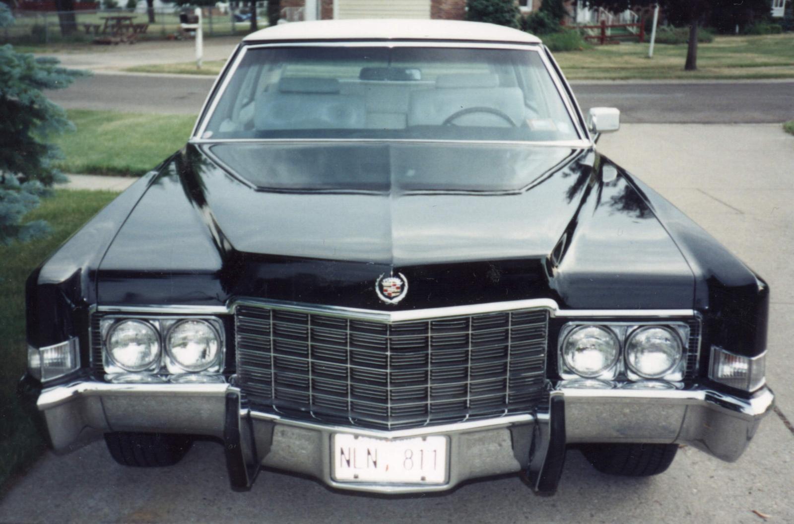 Cadillac Fleetwood 1989 foto - 6
