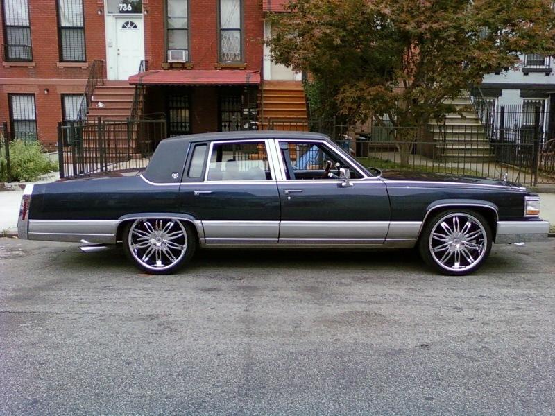 Cadillac Fleetwood 1991 foto - 1