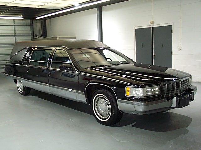 Cadillac Fleetwood 1992 foto - 6