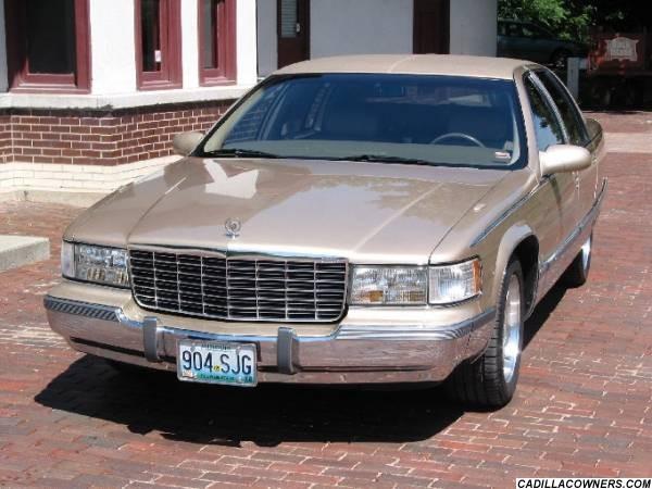 Cadillac Fleetwood 1993 foto - 4