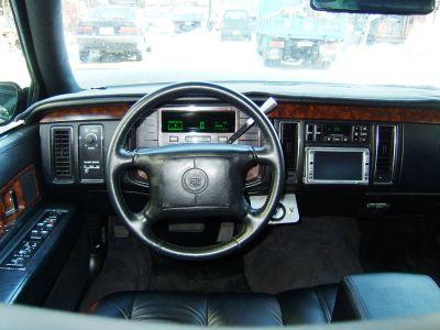 Cadillac Fleetwood 1995 foto - 2