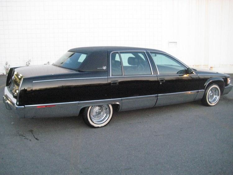 Cadillac Fleetwood 1996 foto - 4