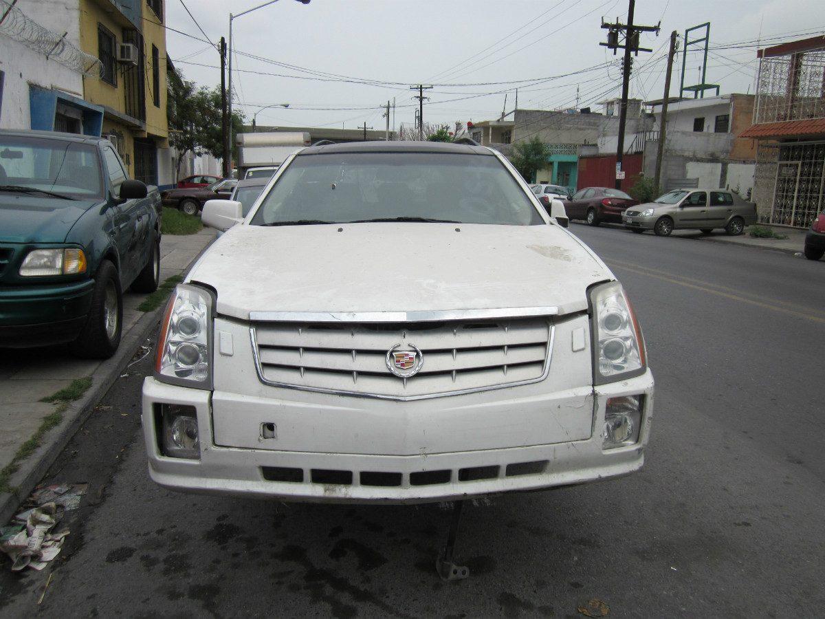 Cadillac SRX 2004 foto - 5
