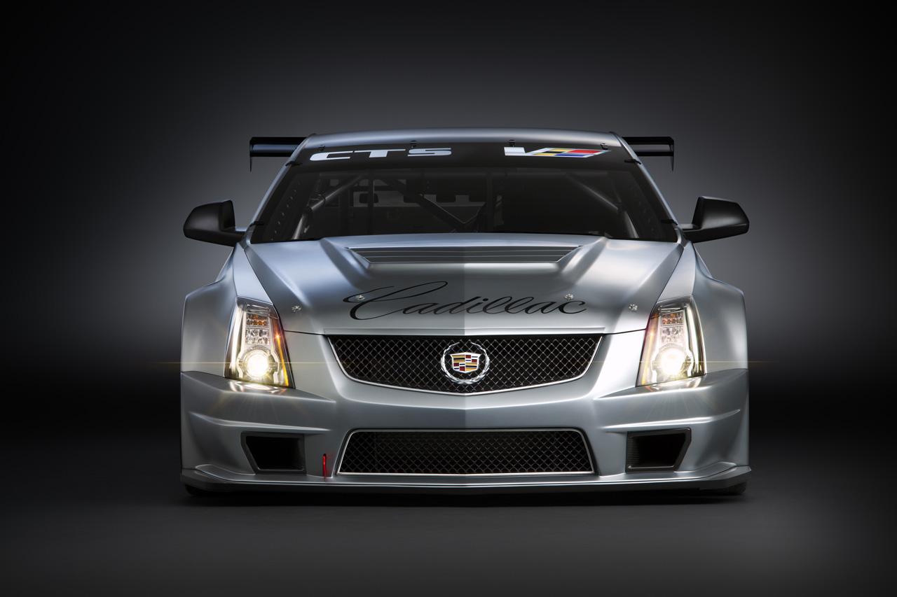 Cadillac SRX 2011 foto - 2