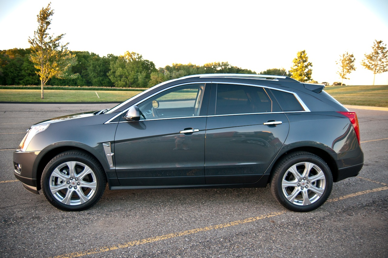 Cadillac SRX 2011 foto - 4