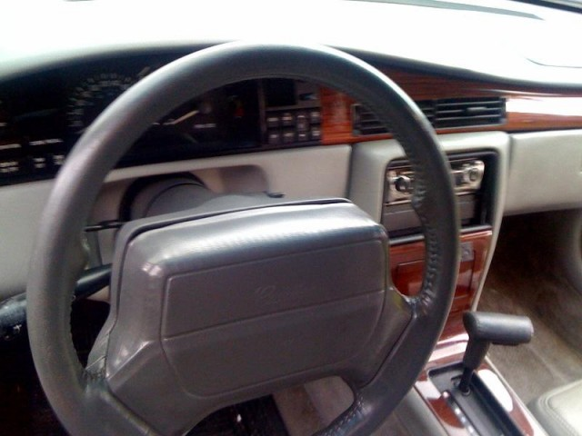 Cadillac STS 1993 foto - 1