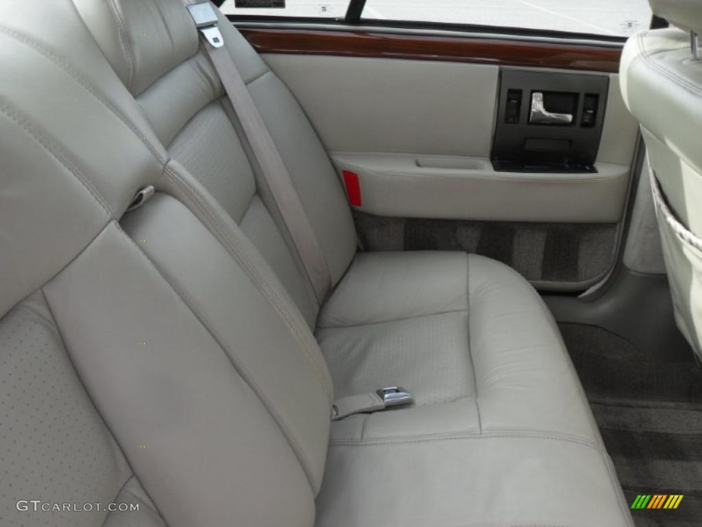 Cadillac STS 1995 foto - 5