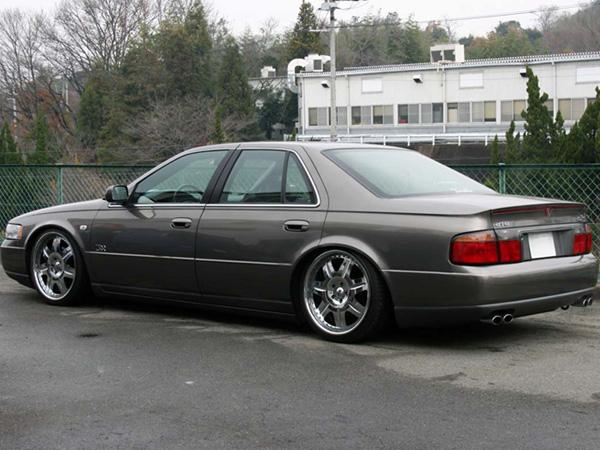 Cadillac STS 2003 foto - 1