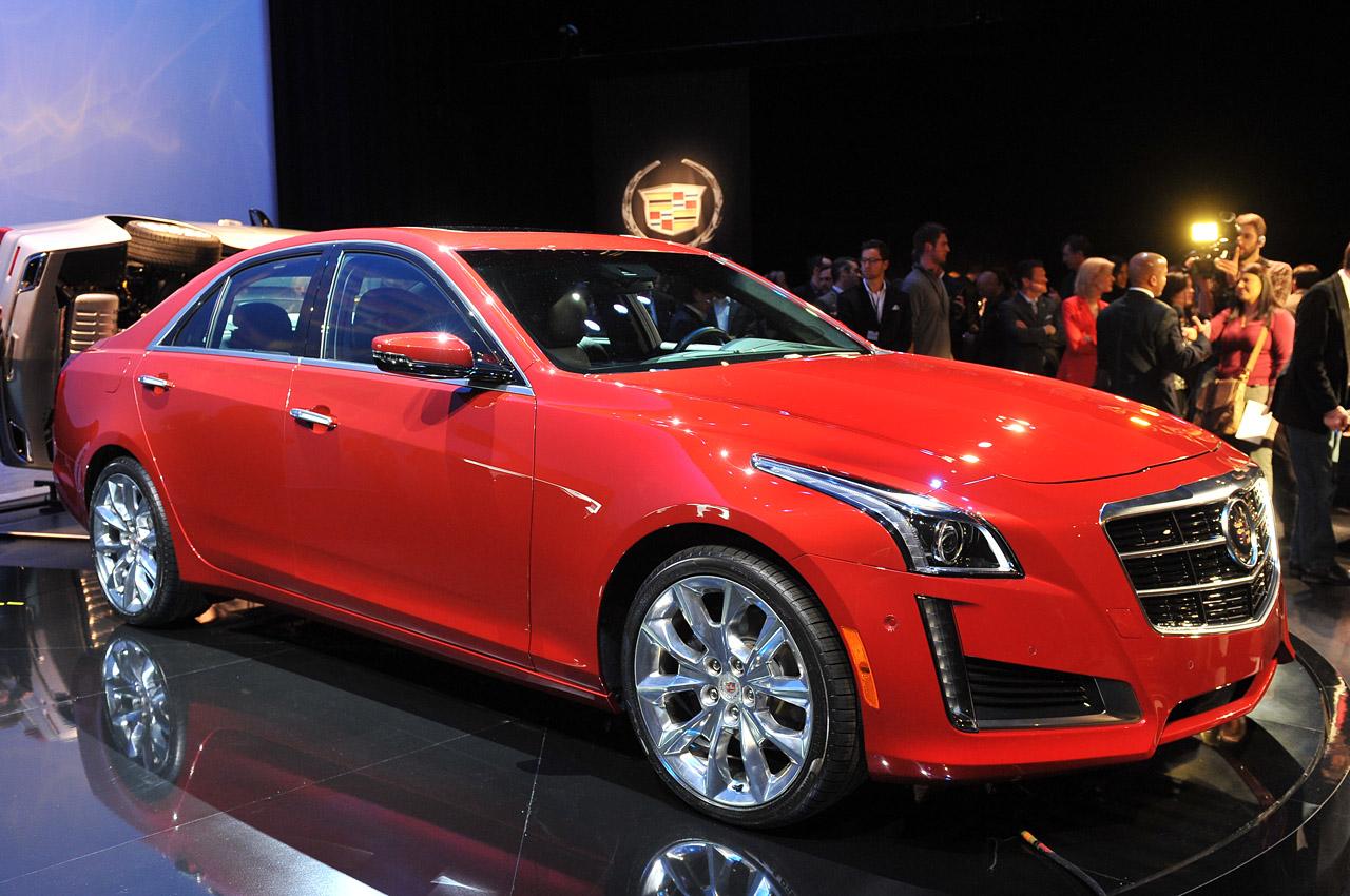 Cadillac STS 2014 foto - 2