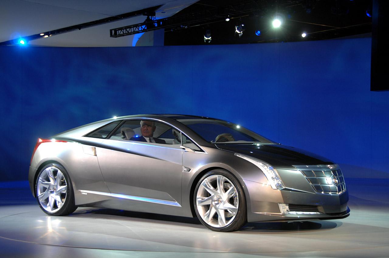Cadillac STS 2014 foto - 3
