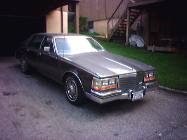 Cadillac Seville 1984 foto - 3
