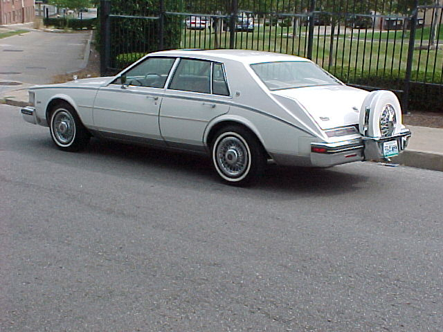Cadillac Seville 1985 foto - 1