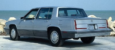 Cadillac Seville 1986 foto - 1
