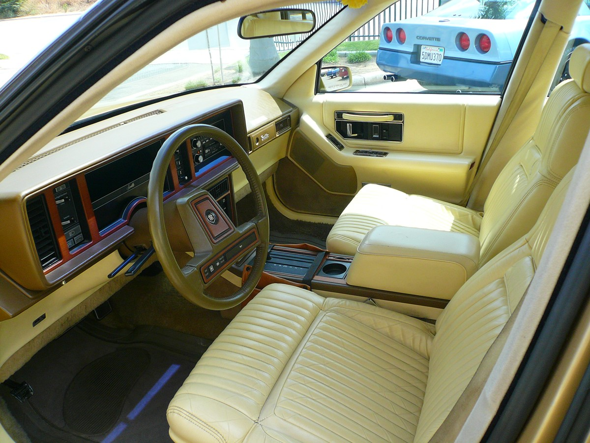 Cadillac Seville 1986 foto - 3