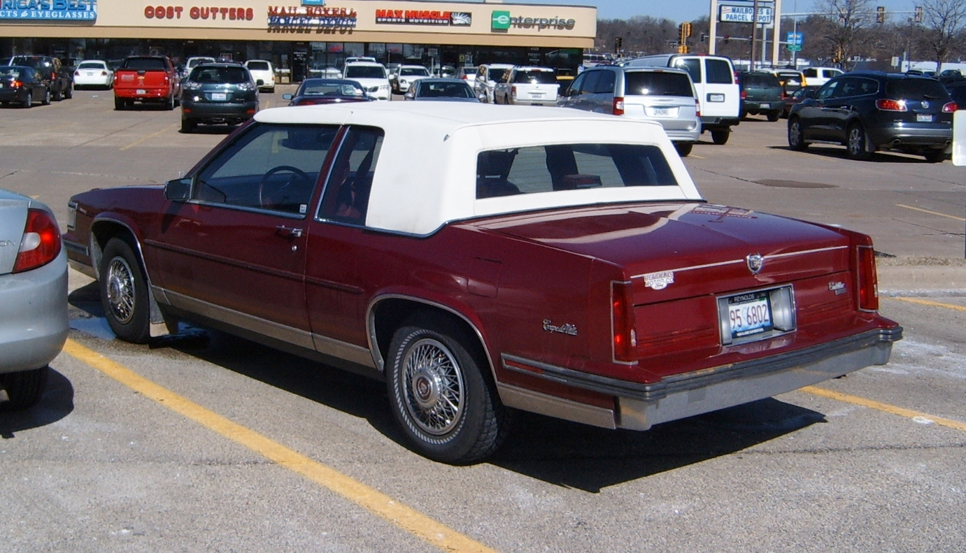 Cadillac Seville 1988 foto - 4