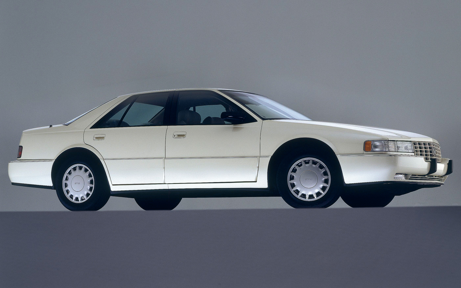 Cadillac Seville 1992 foto - 2