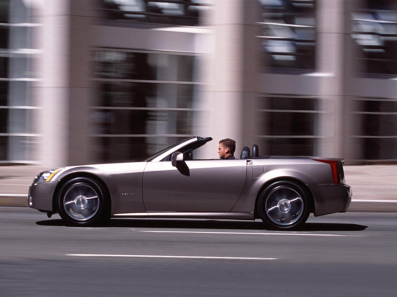 Cadillac XLR 2004 foto - 2