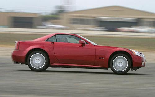 Cadillac XLR 2004 foto - 4
