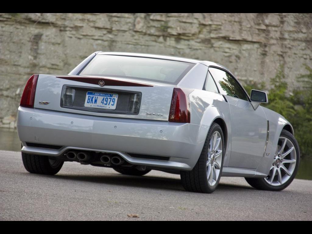 Cadillac XLR 2009 foto - 2