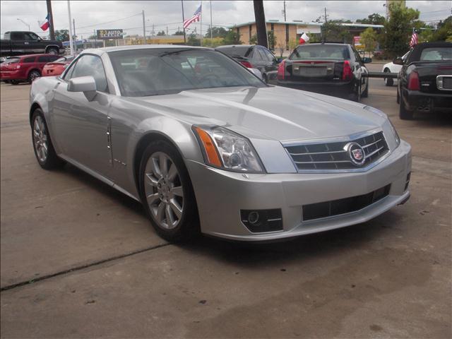 Cadillac XLR 2009 foto - 6
