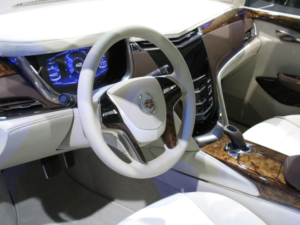 Cadillac XTS 2012 foto - 6