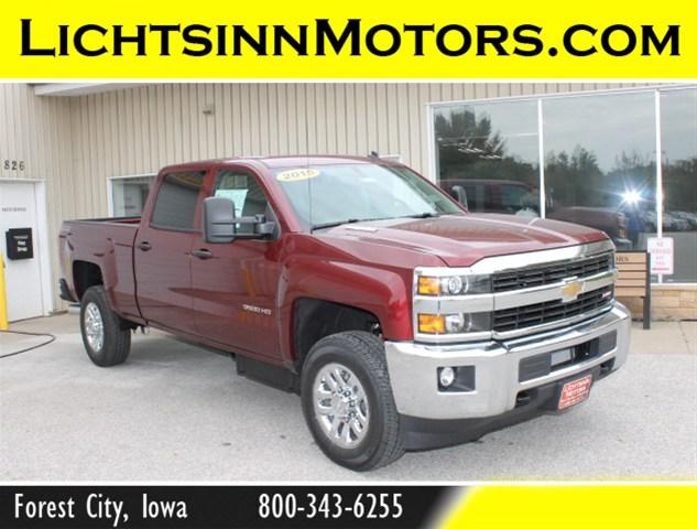 Chevrolet 3500 2015 foto - 3