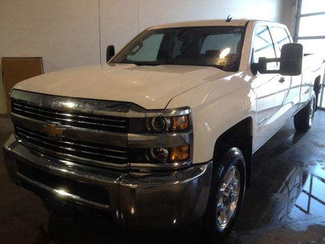 Chevrolet 3500 2015 foto - 5