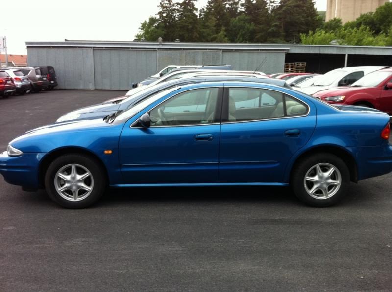 Chevrolet Alero 2000 foto - 1