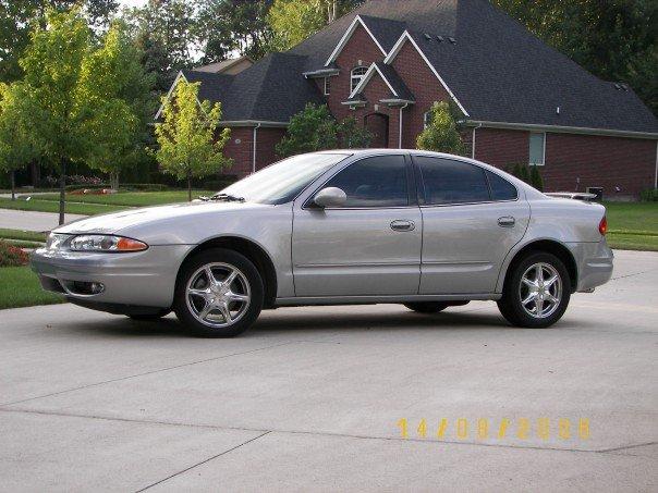 Chevrolet Alero 2002 foto - 1